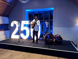 solo guitarist performing at Edinburgh Castle